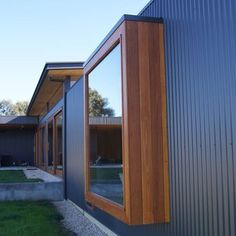 Tips, formulas, including resource with regard to receiving the absolute best outcome and coming up with the maximum perusal of Exterior House Remodel Steel Framing, Casa Top, House Cladding, Casas Containers, Property Design, Cottage Exterior, Shed Homes, House Extensions, Bay Window