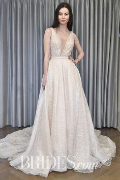 Wedding dress by [Julie Vino](http://www.brides.com/photo/wedding-dresses/designer/julie-vino).