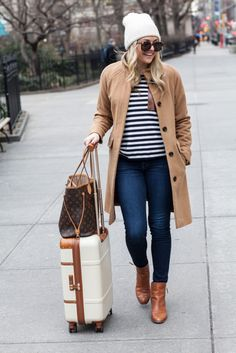 Off to the Mountains   @bowsandsequins #travel #style