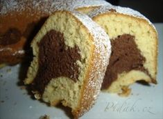 One of my favorite everyday cake - is my mums marble cake (icelandic: Marmarakaka). Unlike many marble cakes I´ve tried this one isn´t dry. Kitchen Queen, Marble Cake, Something Sweet, Tiramisu, French Toast, Muffin, Food And Drink, Tasty, Bread
