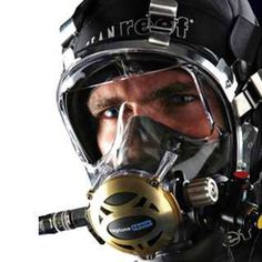 Ocean Reef Neptune Space Predator Full Face Mask with Stage Regulator… Everything on scuba diving: Diving Helmet, Diving Suit, Scuba Diving Gear, Padi Diving, Scuba Diving Equipment, Airsoft Helmet, Best Scuba Diving, Diving Course, Full Face Mask