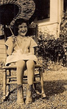 Little girl with sparkling eyes by sctatepdx, via Flickr