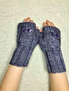 bio fingerlose handschuhe kleine eulen t rkis kleine eulen armstulpen und handschuh. Black Bedroom Furniture Sets. Home Design Ideas
