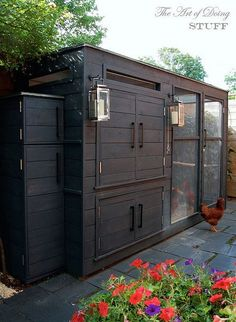 A fabulous home for some princess chickens!!! Must read blog:)