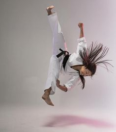You are in the right place about Martial Arts gym Here we offer you the most beautiful pictures abou Martial Arts Gym, Martial Arts Quotes, Martial Arts Women, Female Martial Artists, Female Art, Shukokai Karate, Kyokushin Karate, Aikido, Taekwondo