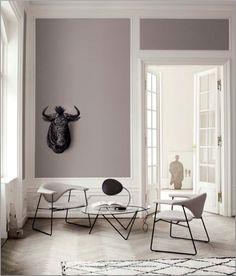 Masculo Chair + Pedrera Table / Gubi