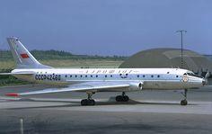 Aeroflot Tupolev Tu-104B CCCP-42460 at Arlanda, July 1972. Photo by Lars Söderström