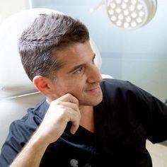 El Dr. Panno Imparte un Curso sobre Trasplante Capilar en el Colegio de Médicos de Málaga