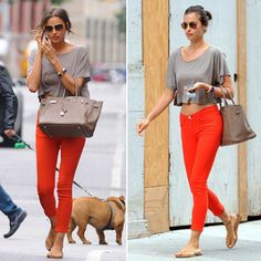 Irina Shayk Shows How To Wear the Cropped Tee and Coloured Jean Steal...