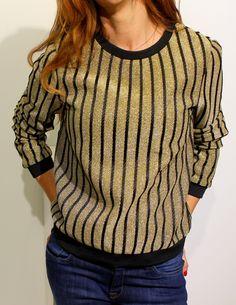 Sudadera de neopreno escarchada en color dorado a rayas con detalles en rasonegro de English Factory Tienda online   Moda mujer y hombre