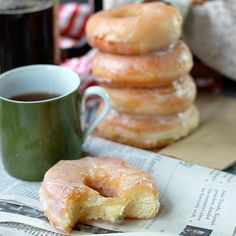 How to make Glazed Yeast Donut Recipe Baker Bettie: Donut shop style classic glazed yeast donut recipe. Using a basic sweet yeast dough master recipe, you can have hot fresh donuts right at home! Recipes With Yeast, Baking Recipes, Dessert Recipes, Desserts, Dinner Recipes, Brunch Recipes, Egg Recipes, Bread Recipes, Cake Recipes