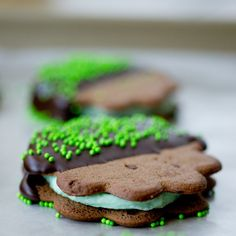 St. Patrick's Day Mint Chocolate Cookie Sandwiches