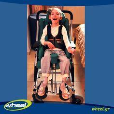 Όλη μας η επιβράβευση: το δικό της χαμόγελο στο καινούριο της αναπηρικό αμαξίδιο! Η φιλοσοφία της Wheel είναι να μοιράζεται - διαδρομές, χαμόγελα, να προσφέρει όπου είναι δυνατό. Μία από τις πλέον συγκινητικές ιστορίες, είναι αυτή της μικρής κυρίας Σ. από την Καρδίτσα.