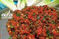 Hatay Usulü Kısır Tarifi – Vejeteryan yemek tarifleri – Las recetas más prácticas y fáciles Turkish Salad, Salad Recipes, Vegan Recipes, Turkish Kitchen, Bulgur Salad, Most Delicious Recipe, Appetizer Salads, Iftar, Turkish Recipes