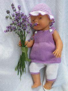 Oblečení pro panenku v levandulovém ladění