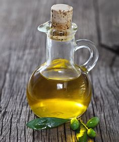 How to Use Olive Oil For Hair and Skin - repurpose expired olive oikl