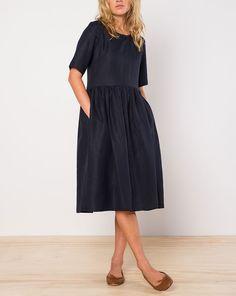Helen Dress - Clothing
