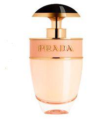 The uplifting Prada Candy L'Eau fragrance evokes a fresh and joyful sensation! Zestful, elegant and indulgent Prada Candy L'Eau Kiss Eau de Toilette Purse Spray appears as both alluring and unexpected. Rose Perfume, Prada Candy, Light Blue Perfume, Perfume Reviews, New Fragrances, Top Perfumes, Smell Good, Perfume Bottles, Eau De Toilette