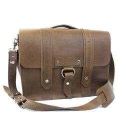 15 Inch Voyager Briefcase – Stylish US Made Leather Briefcases