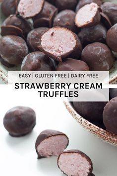These strawberry cream truffles combine two amazing flavours, chocolate & strawberry. These raw treats are amazing and are gluten, dairy and refined sugar free Yummy Healthy Snacks, Healthy Dessert Recipes, Raw Food Recipes, Sweet Recipes, Baking Recipes, Healthy Treats, Healthy Habits, Healthy Food, Raw Vegan Desserts
