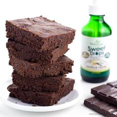 This low carb keto brownies recipe is made with just 6 natural ingredients. They are dense, fudgy, and very easy to make!