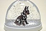 How to Repair a Cloudy Snow Globe | eHow