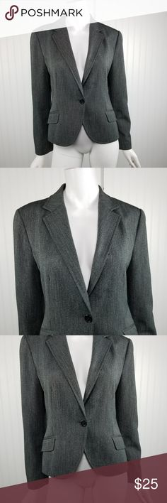 "Zara Basic Large Gray Blazer Jacket Zara Basic Womens Size Large Gray Long Sleeve Career Blazer Jacket   Gently used with no flaws, see photos  Material: polyester, rayon, spandex  Measurements: 18"" armpit to armpit 16"" waist while laying flat 23"" in length  MA14 Zara Jackets & Coats Blazers"