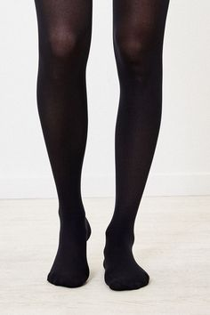 Black Wholesale Opaque Tights Nylons with Thin Spiral Stripe Hoop Detail O//S