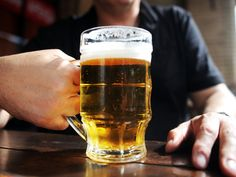 Também entre os trabalhadores a tempo parcial, a prevalência do consumo de tabaco e álcool é maior