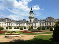 Keszthely, Festetics-kastély Vintage Architecture, Ancient Architecture, Palaces, Nature Sketch, Heart Of Europe, Beautiful Castles, Budapest Hungary, Eastern Europe, Wonders Of The World