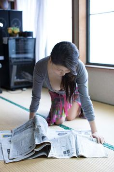 橋本マナミmanami_hashimoto Pin Up Girls, Japanese, Poses, How To Wear, Beauty, Girls Girls Girls, Figure Poses, Japanese Language, Beauty Illustration