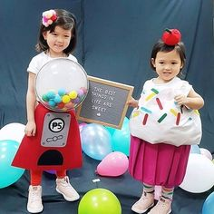 Zoë is that girl who comes up with wild costume ideas. Last Halloween, she wanted to be a cupcake. Last Halloween, Halloween Costumes, Gumball Machine Costume, Cupcake Costume, S Girls, Candies, Diy Tutorial, Life Is Good, Harajuku