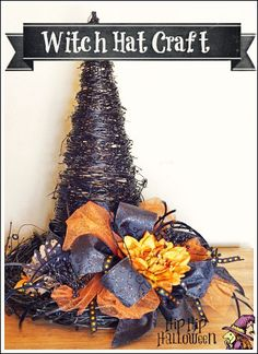 Halloween Decor: DIY Witch Hat Craft Idea - Make a witch hat from grapevine! Halloween Door Wreaths, Halloween Witch Hat, Witch Hats, Halloween Trees, Halloween Projects, Holidays Halloween, Happy Halloween, Halloween Decorations, Halloween Stuff