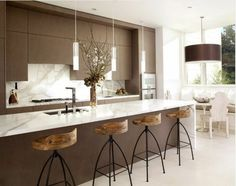 6 Refined Clever Tips: Cosy Minimalist Home Simple minimalist interior scandinavian lounges.Minimalist Kitchen Black Cabinets cozy minimalist home shelves.Minimalist Home Interior French. Kitchen Decor, White Kitchen Remodeling, Minimalist Kitchen, Modern Kitchen, Kitchen Remodel, Kitchen Decor Modern, Kitchen Design Trends, Contemporary Kitchen, Rustic Kitchen
