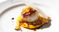 An exclusive scallop recipe perfect for fall: scallops with butternut squash caponata, a dish shared by New York chef Michael White Best Scallop Recipe, Shrimp And Scallop Recipes, Gourmet Recipes, Seafood Recipes, Cooking Recipes, Easy Recipes, Pureed Recipes, Pureed Food, Clam Recipes