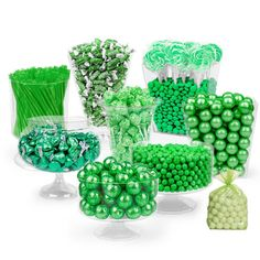 Celebrate your big day with custom green wedding favors from WH Candy. Our large selection of styles and designs will be the perfect addition to your green, sage, forest and kelly green themed wedding. Candy Table, Candy Buffet, Dessert Table, Princesa Tiana, Gourmet Breakfast, Green Candy, Frozen Chocolate, Candy Cakes, Bulk Candy