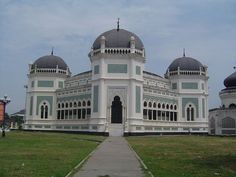 GREAT MOSQUE IN MEDAN-North Sumatra - Wikipedia, the free encyclopedia