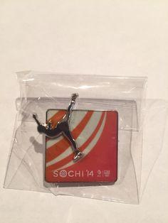 2014 Team Canada Hockey Winter Olympics Lapel Pin Button Hunter Sochi Red