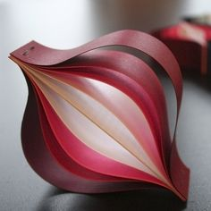 'Christmas Ornaments' made from just paper in Origami style | Home Harmonizing More