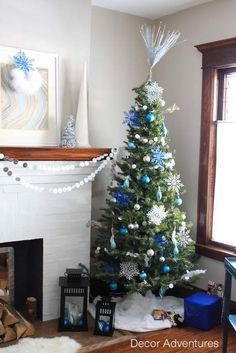 The best of my Christmas home tours all in one post including holiday craft ideas.