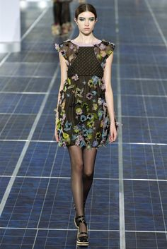 Chanel - Spring Summer 2013 Ready-To-Wear - Shows - Vogue.it