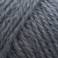 GGH Cumba is a classic, soft, aran weight yarn combining the volume of wool with the softness of alpaca and the strength of acrylic. Perfect for comfortable, lightweight sweaters, jackets, hats, scarves and shawls, Cumba is available in a brilliant spectrum of colours.