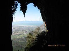 The Elephants Eye cave Constantiaberg Mountain Elephant Eye, Table Mountain, Beach Tops, Caves, Cape Town, Elephants, South Africa, Trip Advisor, The Good Place