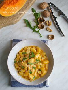 Gnocchi alla crema di zucca e gorgonzola con noci e rucola