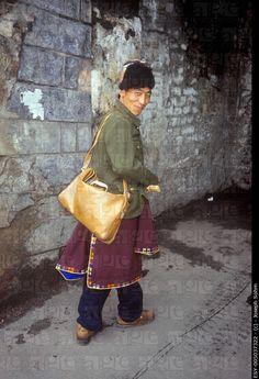 On his way - Tibet