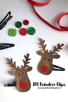 Learn how to make these adorable little DIY Reindeer Clips with your Cricut Maker, felt and a hot glue fun. Make clips or a pin for festive flair. Christmas Is Coming, Christmas Diy, Christmas Ornaments, Crafts To Do, Crafts For Kids, Cricut Tutorials, Cricut Ideas, Reindeer Head, Diy Sweatshirt