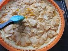 Tradičný francúzsky jablkový koláč • Recept | svetvomne.sk Apple Pie, Erika, Desserts, Food, Basket, Tailgate Desserts, Deserts, Essen, Postres