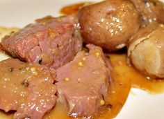 Here are directions for how to cook Corned Beef in an Instant Pot or a Pressure Cooker. A quick and easy recipe for corned beef and cabbage with potatoes. Roasted Corned Beef, Cooking Corned Beef, Corned Beef Recipes, Instant Pot Corned Beef Recipe, Beef Gravy Recipe, Pressure Cooker Recipes Beef, Pressure Cooking, Slow Cooker, Guinness Stew Recipe