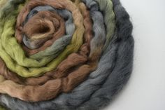 Wool Roving English Leicester Combed Wool Tops Tasmanian Grown Non Mulsed Spinning Weaving Needle Felting Green Grey Brown 100g 12125
