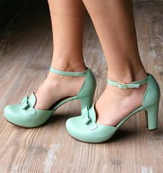 BIGOI MENTA :mint green retro heels